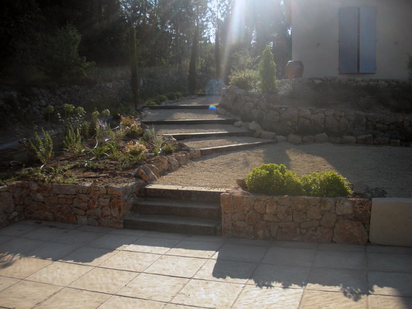 D co amenagement jardin terrasse en bois nice 23 amenagement cuisine amenagement balcon - Terrasse jardin municipal nice ...